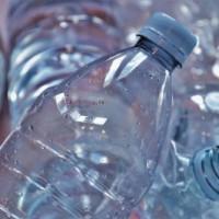 Пластик составил половину объема мусора в России в 2020 году